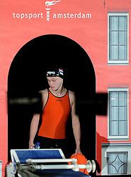 12-12-2014 NED: Swim Cup 2014, Amsterdam<br /> Maaike de Waard, 50 m backstroke