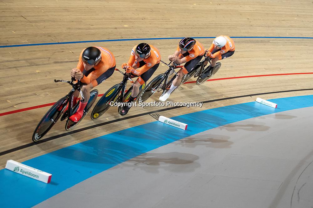 APELDOORN (NED) baanwielrennen<br />Opleidingsteam KNWU <br />Philip Heijnen, Vincent Hoppezak, Casper van Uden, Maikel Zijlaard