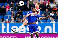 16-05-2016 VOETBAL:WILLEM II - ALMERE CITY:TILBURG<br /> Pablo Rosario van Almere City in duel met Freek Heerkens van Willem II <br /> <br /> Foto: Geert van Erven