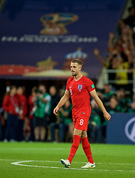 MOSCOW, RUSSIA - Tuesday, July 3, 2018: England's Jordan Henderson looks dejected as he walks back to the half-way line after missing his side's third penalty of the shoot-out during the FIFA World Cup Russia 2018 Round of 16 match between Colombia and England at the Spartak Stadium. (Pic by David Rawcliffe/Propaganda)