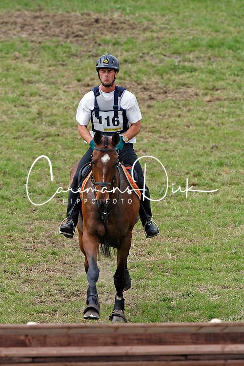 Janssens Bart - Wentika<br /> Nationaal Kampioenschap Eventing LRV<br /> Tongeren 2007<br /> Photo &copy; Hippo Foto