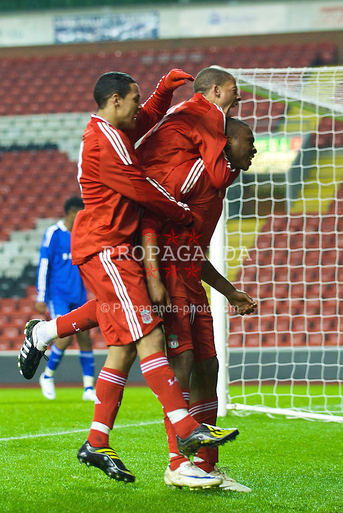 LIVERPOOL, ENGLAND - Thursday, February 5, 2009: Liverpool's David Amoo celebrates scoring the opening goal against Chelsea with team-mates Thomas Ince (L) and Nathan Eccleston during the FA Youth Cup 5th Round match at Anfield. (Mandatory credit: David Rawcliffe/Propaganda)