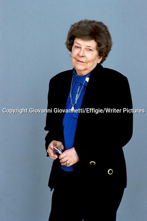 Maria Corti<br /> <br /> <br /> 27/02/2002<br /> Copyright Giovanni Giovannetti/Effigie/Writer Pictures<br /> NO ITALY, NO AGENCY SALES