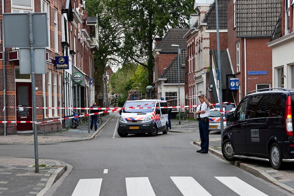 groningen , 20100526. oosterweg, cafe de kabouter na politie inval.