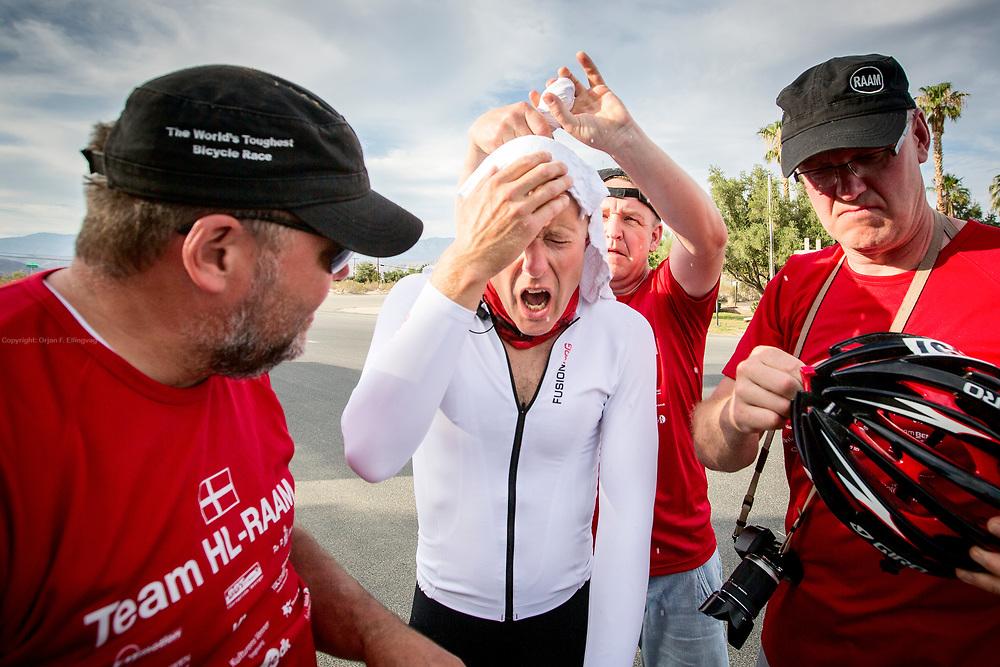 Fjellovergang, kalt Glassheisen. Dag 1 av RAAM, Race Across America.