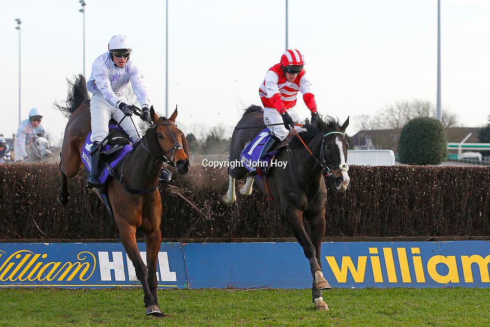 Lost Legend and Richie McLernon winning the 3.30 race