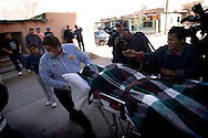 Member of family rush to the hospital in the city of Juarez where one of the family members be hospitalized after someone try to assassinated him..Thursday December 25,2008.