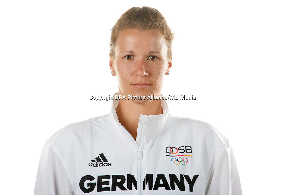 Franziska Weber poses at a photocall during the preparations for the Olympic Games in Rio at the Emmich Cambrai Barracks in Hanover, Germany. July 04, 2016. Photo credit: Frank May/ picture alliance. | usage worldwide