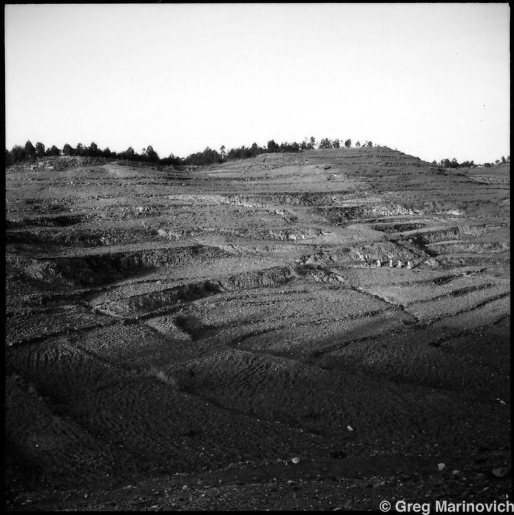 IPMG0204 Asmara, Eritrea, 1997: .terraced fields outside the Eritrean capital, Asmara, 1997. .Photograph by Greg Marinovich / South Photographs