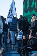 FODBOLD: Tilskuere på tribunen før kampen i ALKA Superligaen mellem FC Helsingør og FC Nordsjælland den 18. marts 2018 på Helsingør Stadion. Foto: Claus Birch.