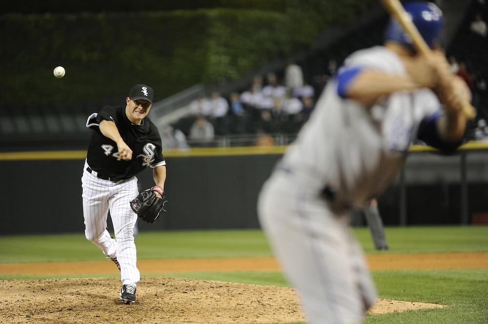 CHICAGO - MAY 03:  Jake Peavy #44 of the Chicago White Sox pitches against the Kansas City Royals on May 03, 2010 at U.S. Cellular Field in Chicago, Illinois.  The White Sox defeated the Royals 5-1.  (Photo by Ron Vesely)