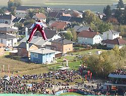 10.10.2010, ENERGIE AG Skisprungarena, Hinzenbach, AUT, Oesterreichische Staatsmeisterschaften Skispringen, im Bild Sprung auf Hinzenbach, EXPA Pictures © 2010, PhotoCredit: EXPA/ R. Hackl