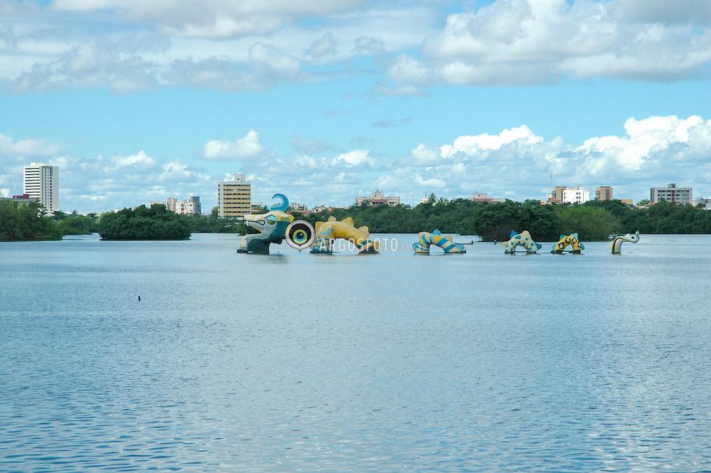 Serpente da Lagoa no parque estadual da Lagoa da Jansen. // Snake Pond in the Jansen Lagoon State Park. Foto: Candido Neto/Argosfoto - Sao Luis, Maranhao - Brazil - 2006