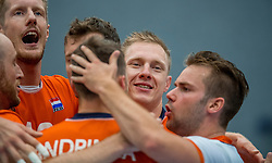 28-08-2016 NED: Nederland - Slowakije, Nieuwegein<br /> Het Nederlands team heeft de oefencampagne tegen Slowakije met een derde overwinning op rij afgesloten. In een uitverkocht Sportcomplex Merwestein won Nederland met 3-0 van Slowakije / Kay van Dijk #12, Daan van Haarlem #1, Dirk Sparidans #5