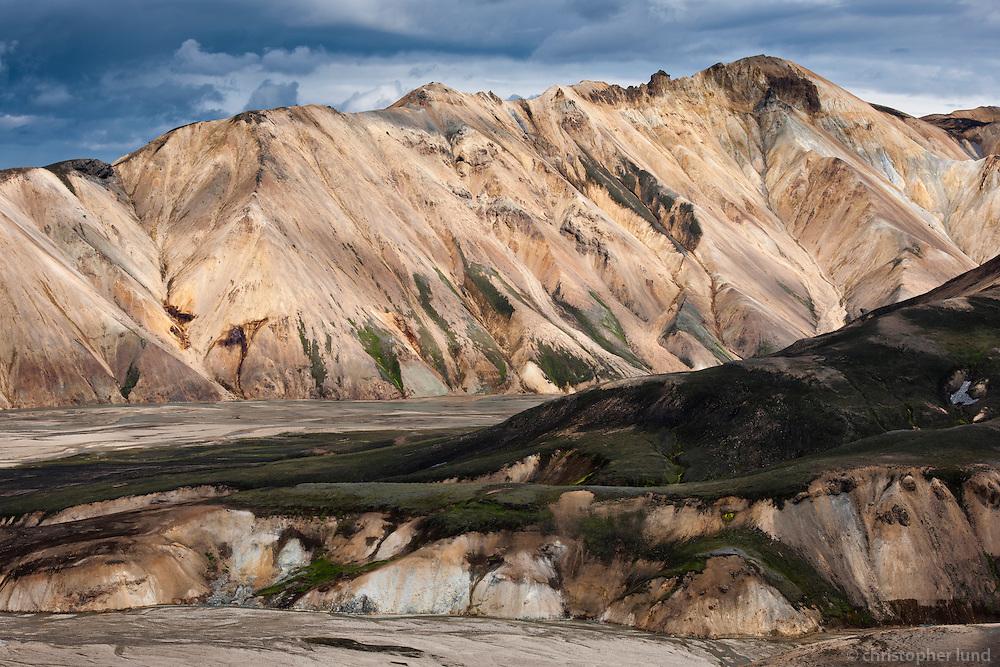 Highlands of Iceland. Mountain Norðurbarmur at Landmannalaugar. Að fjallabaki. Norðubarmur við Landmannalaugar.