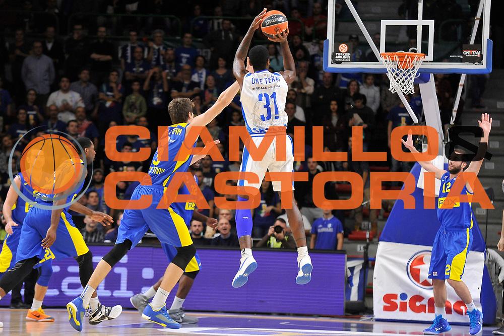 DESCRIZIONE : Eurolega Euroleague 2015/16 Group D Dinamo Banco di Sardegna Sassari - Maccabi Fox Tel Aviv<br /> GIOCATORE : Christian Eyenga<br /> CATEGORIA : Tiro Tre Punti Three Point Controcampo<br /> SQUADRA : Dinamo Banco di Sardegna Sassari<br /> EVENTO : Eurolega Euroleague 2015/2016<br /> GARA : Dinamo Banco di Sardegna Sassari - Maccabi Fox Tel Aviv<br /> DATA : 03/12/2015<br /> SPORT : Pallacanestro <br /> AUTORE : Agenzia Ciamillo-Castoria/C.Atzori