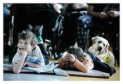 EN: PARAPLE CENTRE_ is based association of people paralyzed after injury of the spinal cord. In the facilities of Paraple Centre helping them to adjust to the consequences of the health handicap. In PARAPLE CENTRE trying to minimalist their dependence on others. They also helping them to obtain and maintain the optimal physical condition and assist them in finding a new job..CZ: CENTRUM PARAPLE pomaha lidem ochrnutym po poskozeni michy prizpusobit se nove zivotni situaci, zlepsit fyzicky a psychicky stav, dosahnout co nejvetsi miry sobestacnosti a nezavislosti, vratit se do sveho prirozeneho prostredi a ziskat predpoklady ke spolecenskemu a pracovnimu uplatneni..Centrum Paraple otevrel Svaz paraplegiku s pomoci pana Zdenka Sveraka v roce 1994. Plny provoz byl zahajen po rozsahle rekonstrukci 13.2. 2001