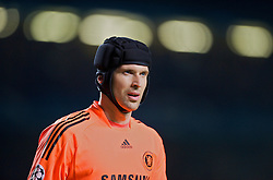 LONDON, ENGLAND - Wednesday, May 6, 2009: Chelsea's goalkeeper Petr Cech during the UEFA Champions League Semi-Final 2nd Leg match against Barcelona at Stamford Bridge. (Photo by David Rawcliffe/Propaganda)