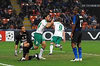 "Claudio Pizarro celebrates scoring<br /> Esultanza<br /> Milano 01/10/2008 Stadio ""Giuseppe Meazza"" <br /> Champions League 2008/2009<br /> Inter Werder Bremen (1-1)<br /> Foto Andrea Staccioli Insidefoto"
