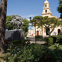 Plaza Bolivar e iglesia de Cordero, Tachira, Venezuela.