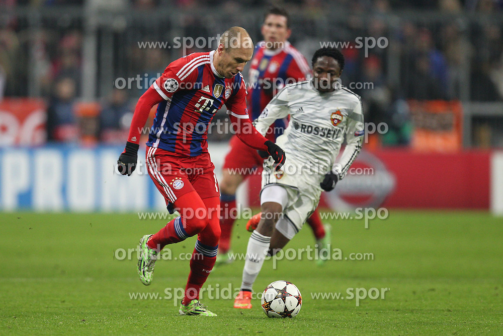 10.12.2014, Allianz Arena, Muenchen, GER, UEFA CL, FC Bayern Muenchen vs ZSKA Moska, Gruppe E, im Bild l-r: im Zweikampf, Aktion, mit Arjen Robben #10 (FC Bayern Muenchen) und Ahmed Musa #18 (ZSKA Moskau) // during the UEFA Champions League group E match between FC Bayern Munich vs ZSKA Moskow at the Allianz Arena in Muenchen, Germany on 2014/12/10. EXPA Pictures &copy; 2014, PhotoCredit: EXPA/ Eibner-Pressefoto/ Kolbert<br /> <br /> *****ATTENTION - OUT of GER*****
