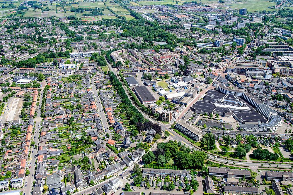 Nederland, Utrecht, Veenendaal, 09-06-2016; centrum van Veenendaal, met onder andere winkelcentrum De Scheepjeshof  en De Nieuwe Molen. <br /> City centre Veenendaal.<br /> The beginning of traffic jam at junction Hoevelaken.<br /> aerial photo (additional fee required);<br /> copyright foto/photo Siebe Swart