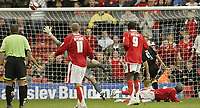 Photo: Aidan Ellis.<br /> Barnsley v Cardiff City. Coca Cola Championship. 29/09/2007.<br /> Barnsley's Brian Howard scores the equaliser