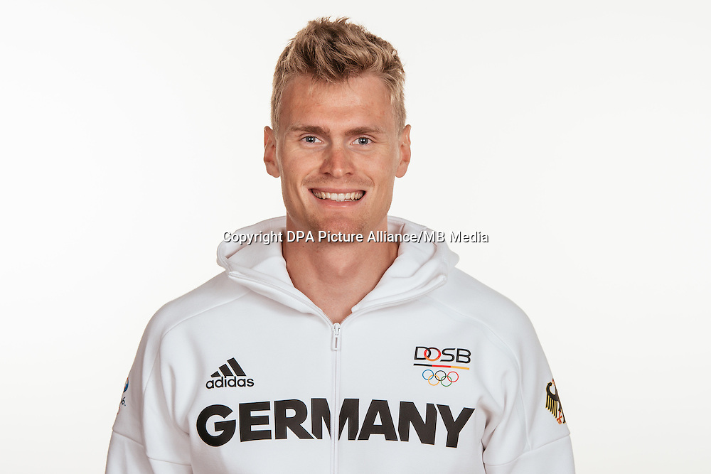 Hannes Ocik poses at a photocall during the preparations for the Olympic Games in Rio at the Emmich Cambrai Barracks in Hanover, Germany, taken on 14/07/16 | usage worldwide