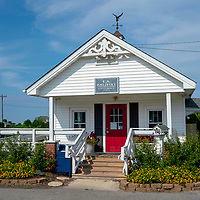 Mann's Harbor US Post Office in the Outer Banks, North Carolina, USA