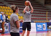 DESCRIZIONE : Torneo di Schio - allenamento  <br /> GIOCATORE : Francesca Dotto<br /> CATEGORIA : nazionale femminile senior A <br /> GARA : Torneo di Schio - allenamento<br /> DATA : 27/12/2014 <br /> AUTORE : Agenzia Ciamillo-Castoria