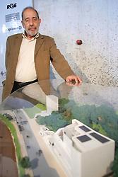 Álvaro Siza, um dos mais respeitados arquitetos da atualidade em todo o mundo será o responsável pela futura sede da Fundação Iberê Camargo. O primeiro prédio projetado pelo português no Brasil será um espaço junto às margens do Guaíba, que em seus quatro andares, abrigará um museu com aproximadamente quatro mil obras do artista plástico gaúcho, além de disponibilizar para a comunidade biblioteca, salas expositivas, café, auditório e outros espaços. FOTO: Jefferson Bernardes/Preview.com