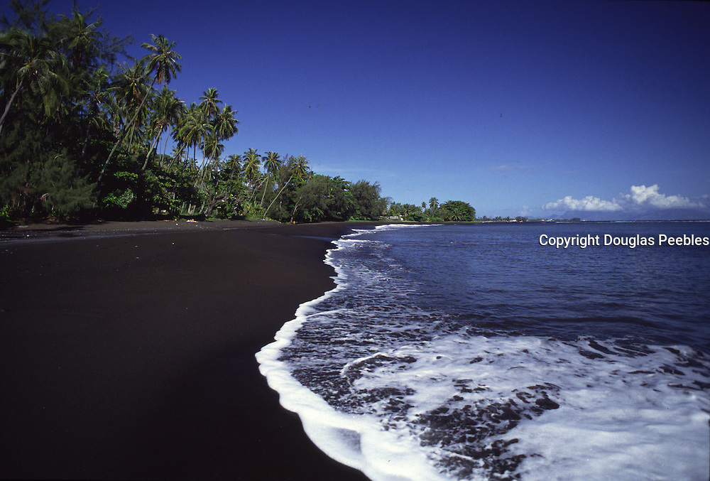 Mataiva Bay, black sand beach, Island of Tahiti, French Polynesia<br />