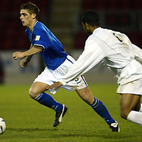 St Johnstone v Falkirk....22.11.03<br />Ross Forsyth tries to get away from Brent Rahim<br /><br />Picture by Graeme Hart.<br />Copyright Perthshire Picture Agency<br />Tel: 01738 623350  Mobile: 07990 594431