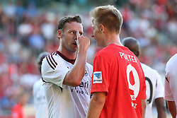 20.07.2013, Coface Arena, Mainz, GER, Testspiel, 1. FSV Mainz 05 vs West Ham United, im Bild Freundschaftsspiele sehen anders aus Kevin Nolan (West Ham United WHUFC) zeigt Sebastian Polter (Mainz) den Vogel,,  // during the Friendly Match between 1. FSV Mainz 05 and West Ham United at the Coface Arena, Mainz, Germany on 2013/07/20. EXPA Pictures © 2013, PhotoCredit: EXPA/ Eibner/ Bildpressehaus<br /> <br /> ***** ATTENTION - OUT OF GER *****