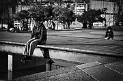 Javier Calvelo/ URUGUAY/ MONTEVIDEO/ PARQUE LIBER SEREGNI/  El &quot;Parque L&iacute;ber Seregni&quot; es una plaza donde se encuentran varias generaciones, se pueden realizar deportes y es un lugar donde gente de todas las edades concurre diariamente. Montevideo Ciudad Ocre<br /> En la foto: Parque L&iacute;ber Seregni. Foto: Javier Calvelo <br /> 2014-06-25 dia lunes<br /> adhocFotos