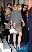 Uitreiking van de Prins Claus Prijs 2014 n het Koninklijk Paleis in Amsterdam.<br /> <br /> Presentation of the Prince Claus Award in 2014 n the Royal Palace in Amsterdam.<br /> <br /> op de foto / On the photo: Koningin Maxima en prinses Beatrix / Queen Maxima and Princess Beatrix