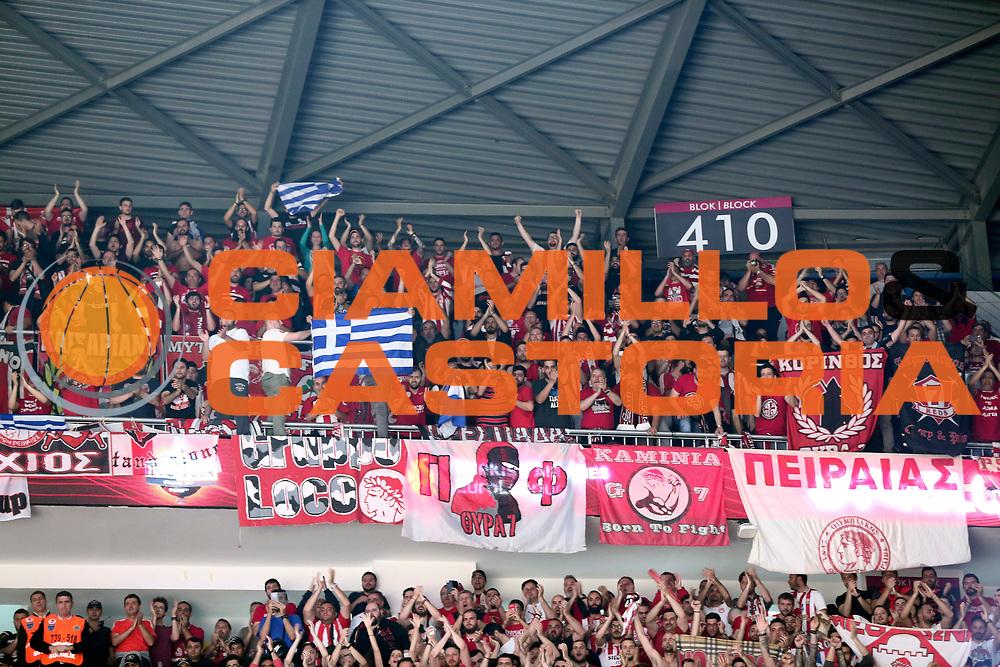tifosi Olympiakos Piraeus<br /> Fenerbahce Istanbul - Olympiakos Piraeus<br /> Euroleague Final Four 2017<br /> Finale 1 - 2 Posto<br /> Euroleague 2016/2017<br /> Istanbul, 21/05/2017<br /> Foto M.Ceretti / Ciamillo - Castoria