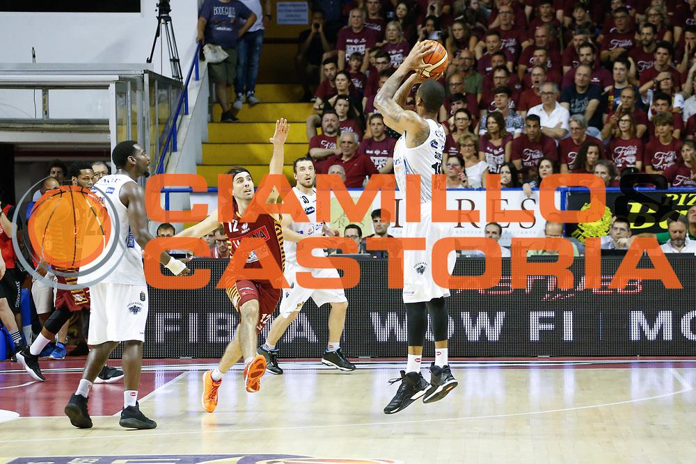 Joao Beto Gomes<br /> Umana Reyer Venezia - Dolomiti Energia Aquila Basket Trento<br /> Lega Basket Serie A 2016/17 Finali Gara 01<br /> Venezia, 10/06/2017<br /> Foto Ciamillo-Castoria / M. Brondi