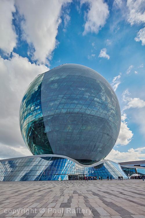 Nur Alem Kazakhstan Expo 2017 Astana, Kazakhstan. Architect Smith & Gill.