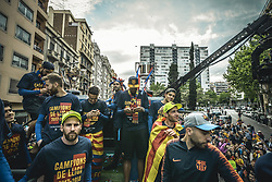 April 30, 2018 - Barcelona, Catalonia, Spain - FC Barcelona's players and technical staff during the FC Barcelona's open top bus victory parade after winning the LaLiga with their eighth double in the club history. Foto: Gerard Pique (Credit Image: © Matthias Oesterle via ZUMA Wire)