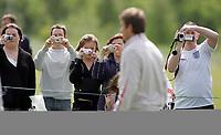 Photo: Paul Thomas.<br /> England Training Session. 01/06/2006.<br /> <br /> David Beckham arrives at training.