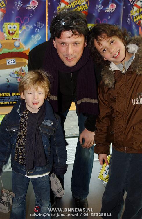 Premiere Sponce Bob the movie, Bas Westerweel en kinderen Sebastiaan en Dylan