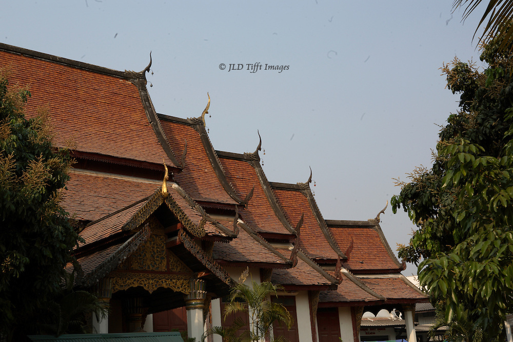 Five layered pagoda style roofs