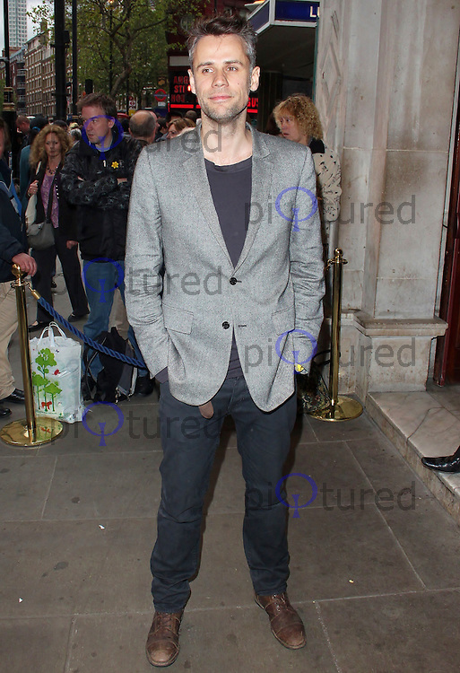 LONDON - MAY 18: Richard Bacon at the Press Night for Abigail's Party at Wyndham's Theatre