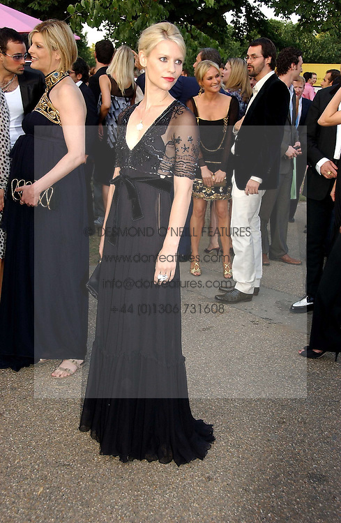 Actress CLAIRE DANES at the Serpentine Gallery Summer party sponsored by Yves Saint Laurent held at the Serpentine Gallery, Kensington Gardens, London W2 on 11th July 2006.<br /><br />NON EXCLUSIVE - WORLD RIGHTS