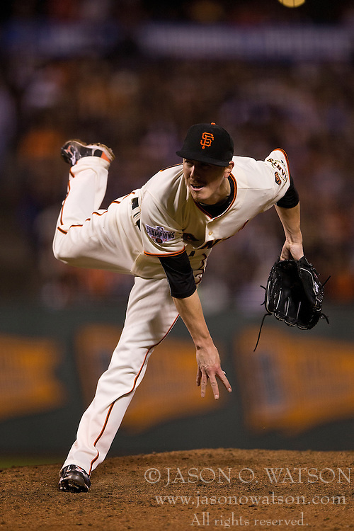SAN FRANCISCO, CA - MAY 20:  Tim Lincecum #55 of the San Francisco Giants pitches against the Los Angeles Dodgers during the seventh inning at AT&T Park on May 20, 2015 in San Francisco, California.  The San Francisco Giants defeated the Los Angeles Dodgers 4-0. (Photo by Jason O. Watson/Getty Images) *** Local Caption *** Tim Lincecum