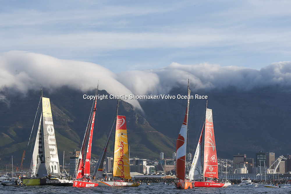 November 19, 2014. The Start of Leg 2 from Cape Town to Abu Dhabi; The fleet