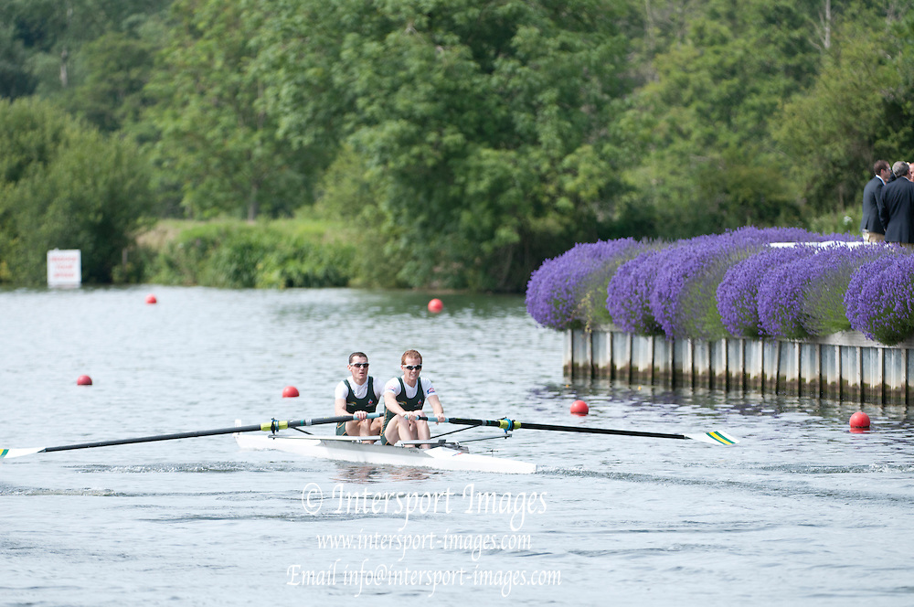 Henley, Great Britain.  Henley Royal Regatta. River Thames,  Henley Reach.  Royal Regatta. River Thames Henley Reach. Thursday  10:50:03  30/06/2011  [Intersport Images] . HRR