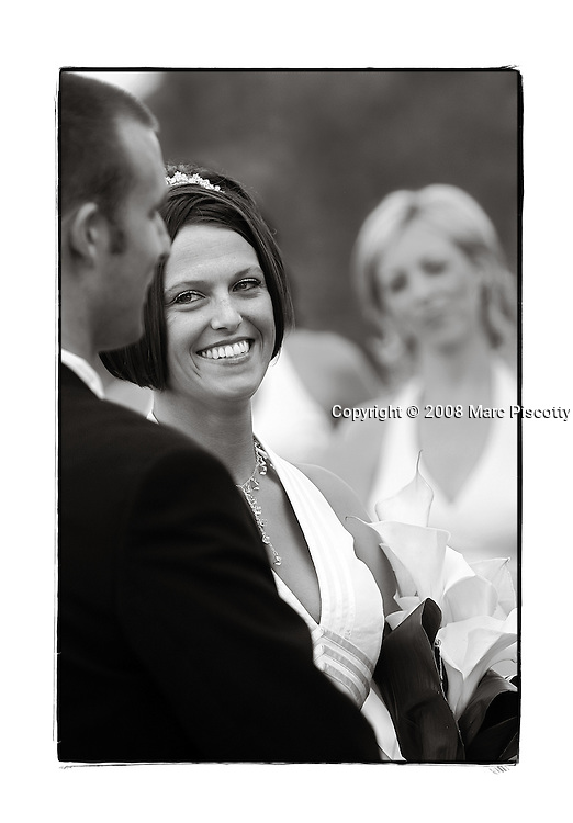 SHOT 9/20/08 4:11:32 PM - Wedding of Amber Bowlin and Billy Eaton at the Cherry Creek Country Club in Denver, Co.(Photo by Marc Piscotty / © 2008)