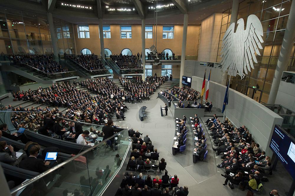22 JAN 2013, BERLIN/GERMANY:<br /> Uebersicht waehrend der Rede von Francois Hollande, Staatspraesident Frankreich, gemeinsame Sitzung der Assemblee nationale und des Bundestages sowie der Regierungen, des Staatspraesidenten und des Bundespraesidenten anl. des 50. Jahrestages der Unterzeichnung des Elysee-Vertrages, Plenum, Deustcher Bundestag<br /> IMAGE: 20130122-01-022<br /> KEYWORDS: Assemblée nationale, Elysee-Vertrag, Elysée-Vertrag, François Hollande